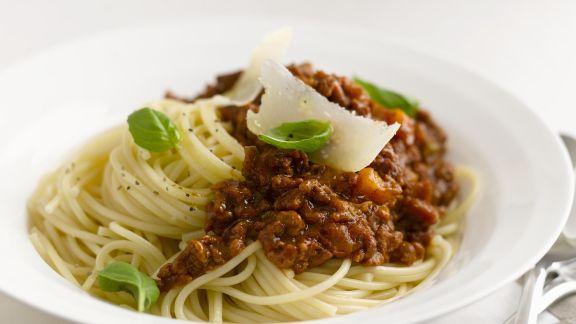 Rezept: Pasta mit Hackfleischsoße (Bolognese)